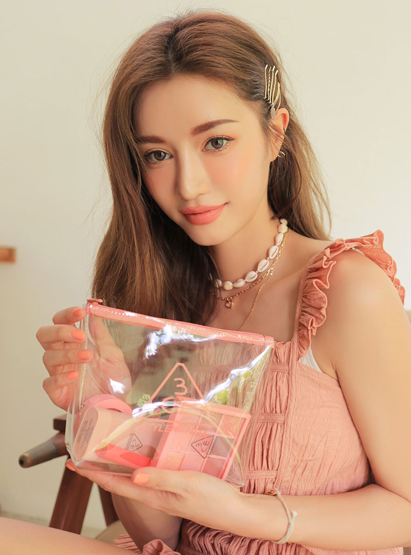 3CE CLEAR TRAPEZE POUCH #PINK BEIGE
